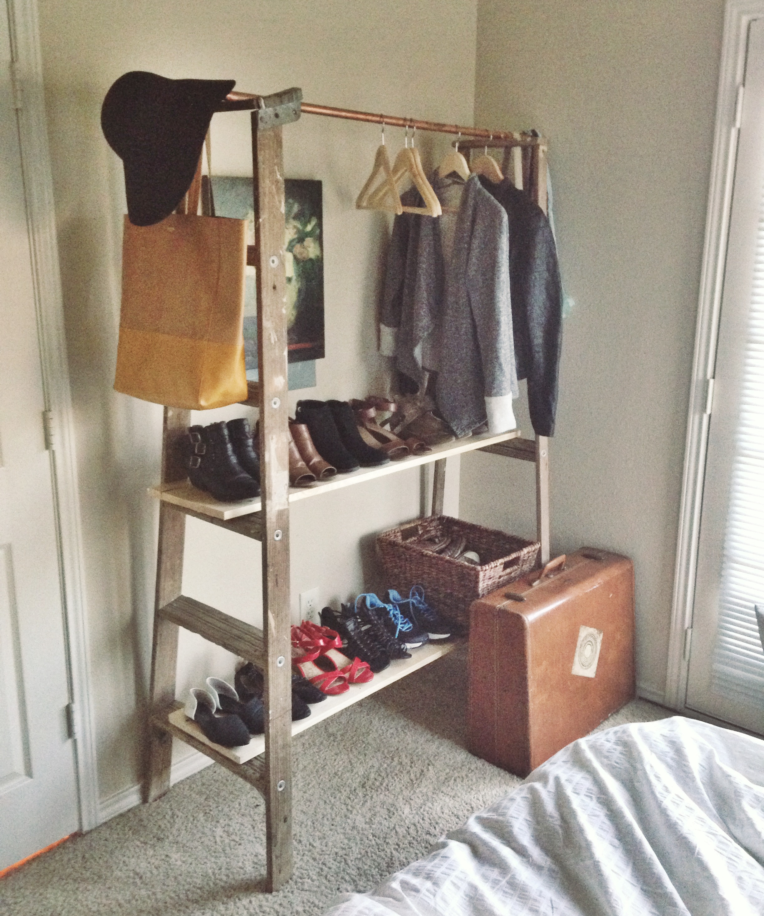 Clean Closet | A Brief History Of My Experience Building A Minimal Wardrobe:  Part 2